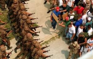 Esercitazione dell'esercito USA in funzione antisommossa (fonte Dipartimento della Difesa USA)
